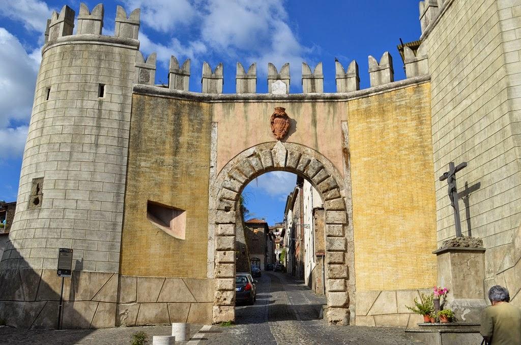 I viaggi di raffaella genazzano borgo natio di papi - Porta romana viaggi ...