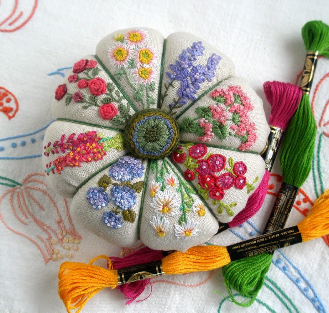 Fiberluscious summer garden pincushion monthy stitch
