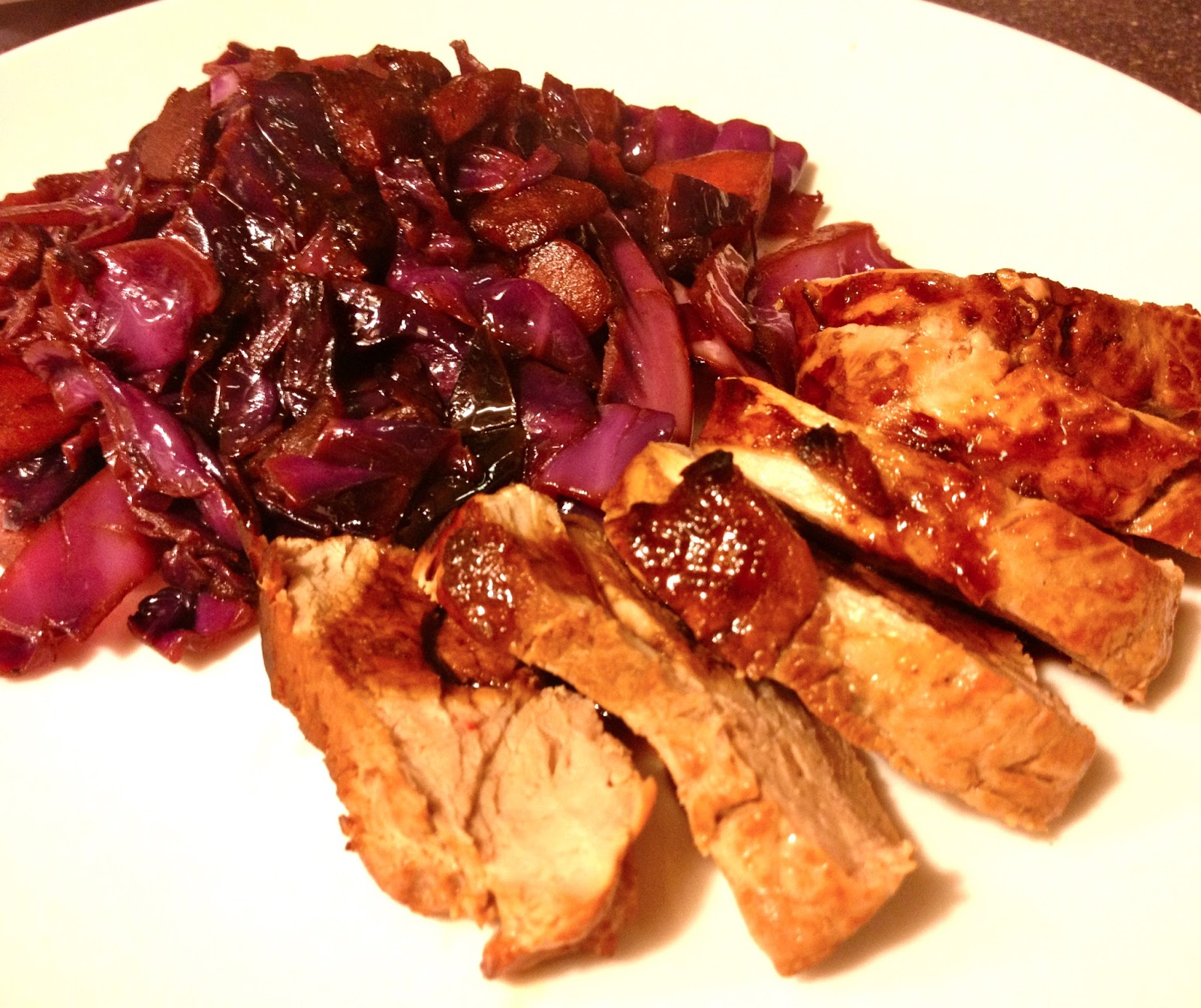 Bon Chappétit: beer-marinated pork tenderloin w/ red cabbage