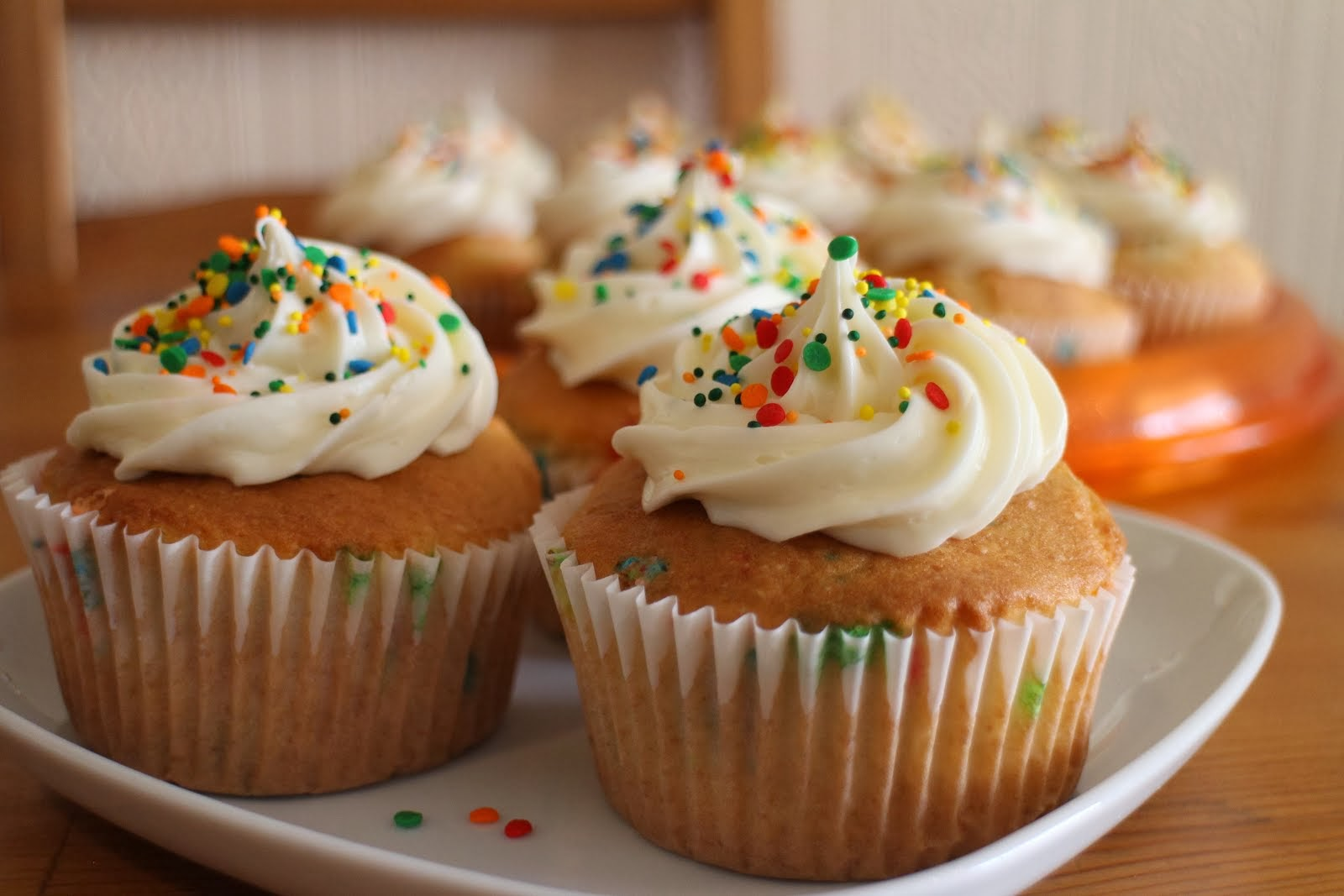 Love me some funfetti cupcakes!