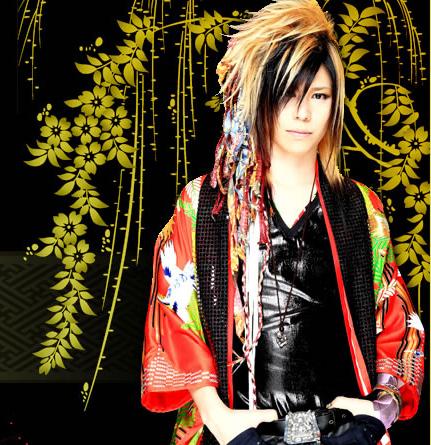 http://4.bp.blogspot.com/-DCCqdBIpIOI/Ti457vEHpMI/AAAAAAAAARY/ATzGcWMpopc/s1600/kagrra-ishii1.jpg