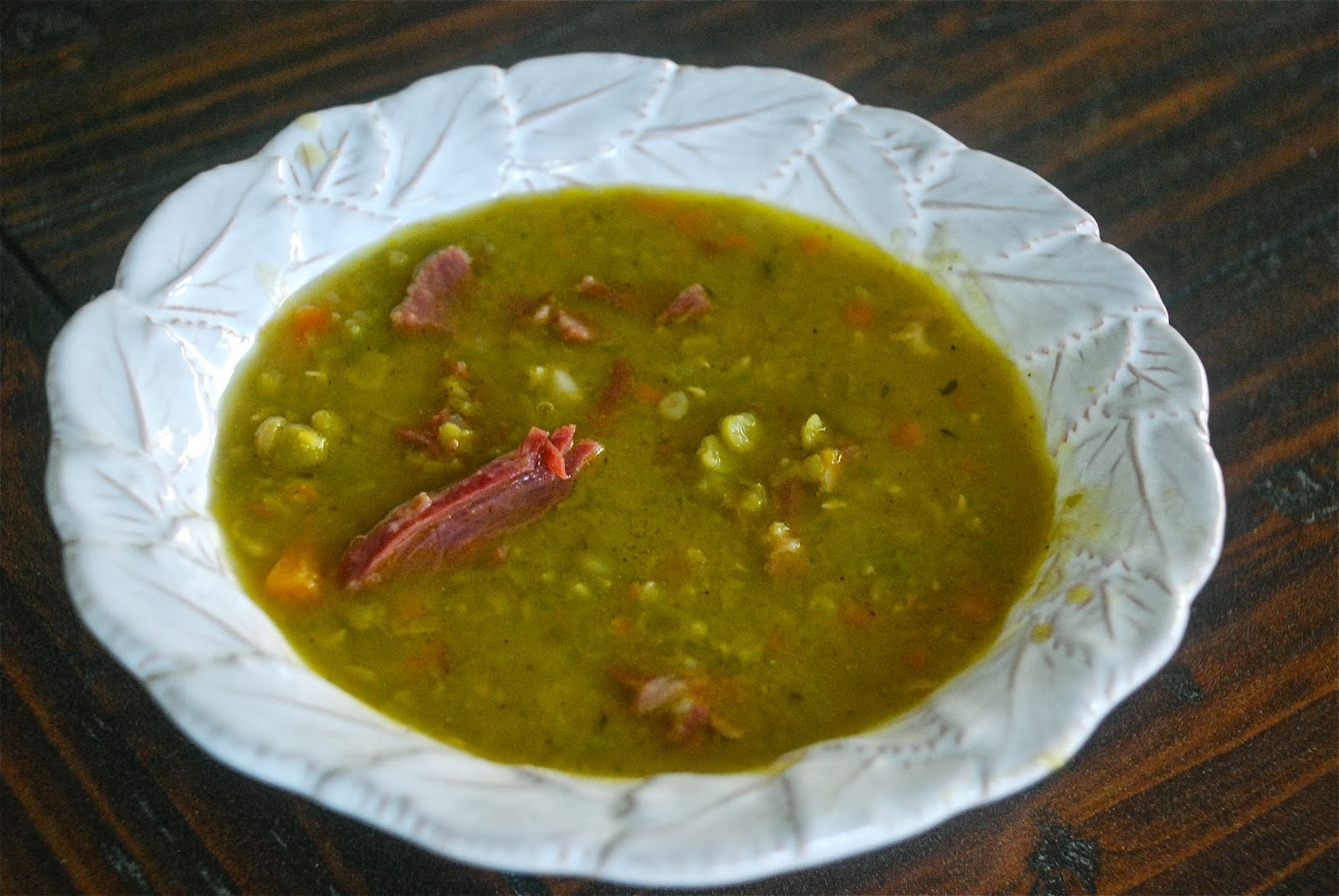 Tomatoes on the Vine: Scenes from my Pantry: Split Pea Soup with Ham