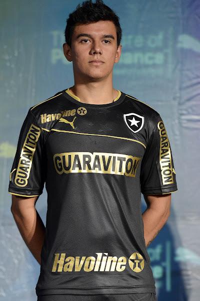 http://4.bp.blogspot.com/-DCUVBa4pl_w/UZ_T_8uyHxI/AAAAAAAASc4/lxzP2_XpTHw/s600/Botafogo+13-14+Away+Kit.jpg