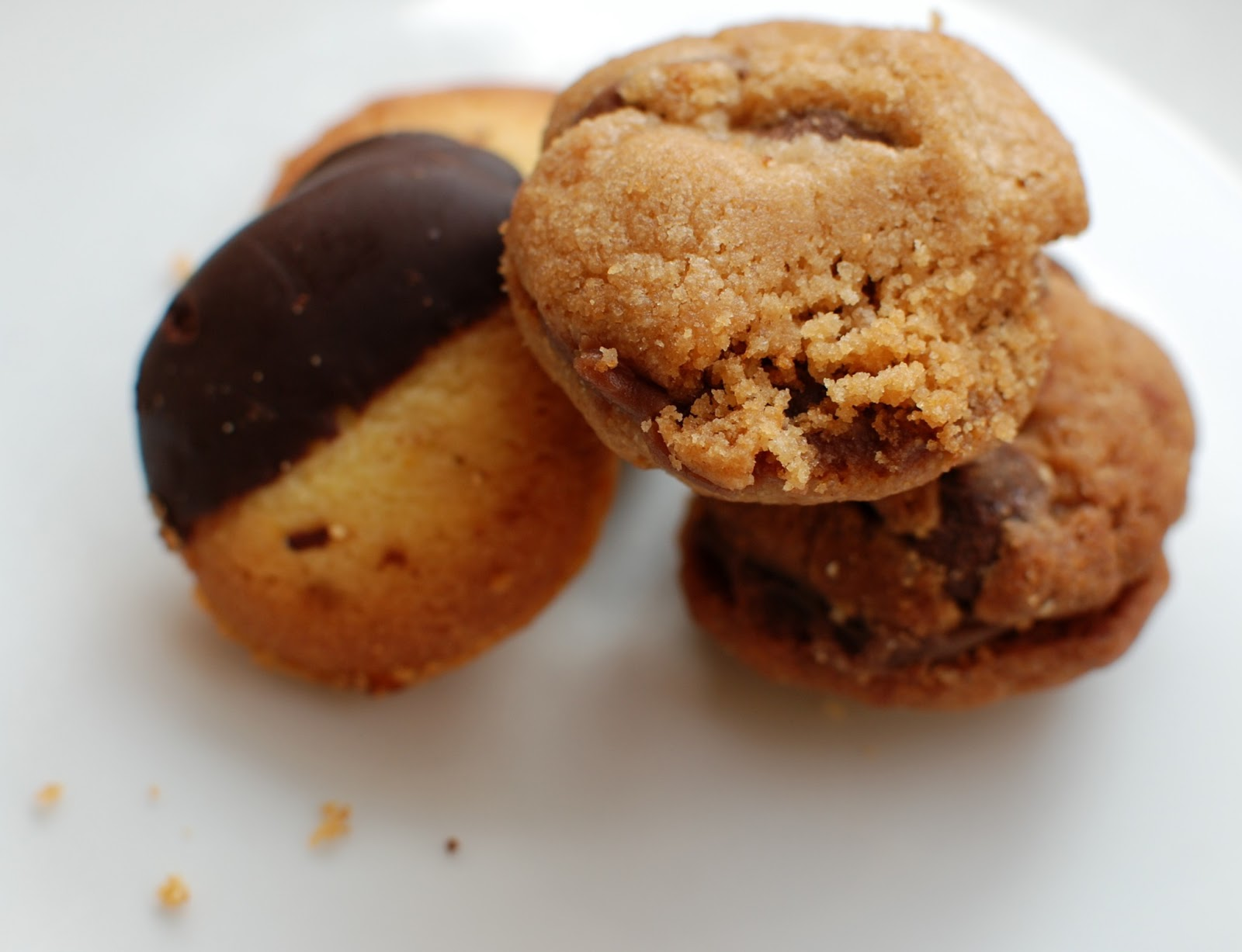 CupCakes and CrabLegs: Milk Chocolate-Peanut Butter ...