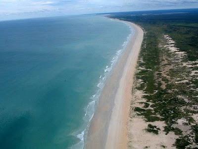 5 Pantai Tersembunyi di Dunia
