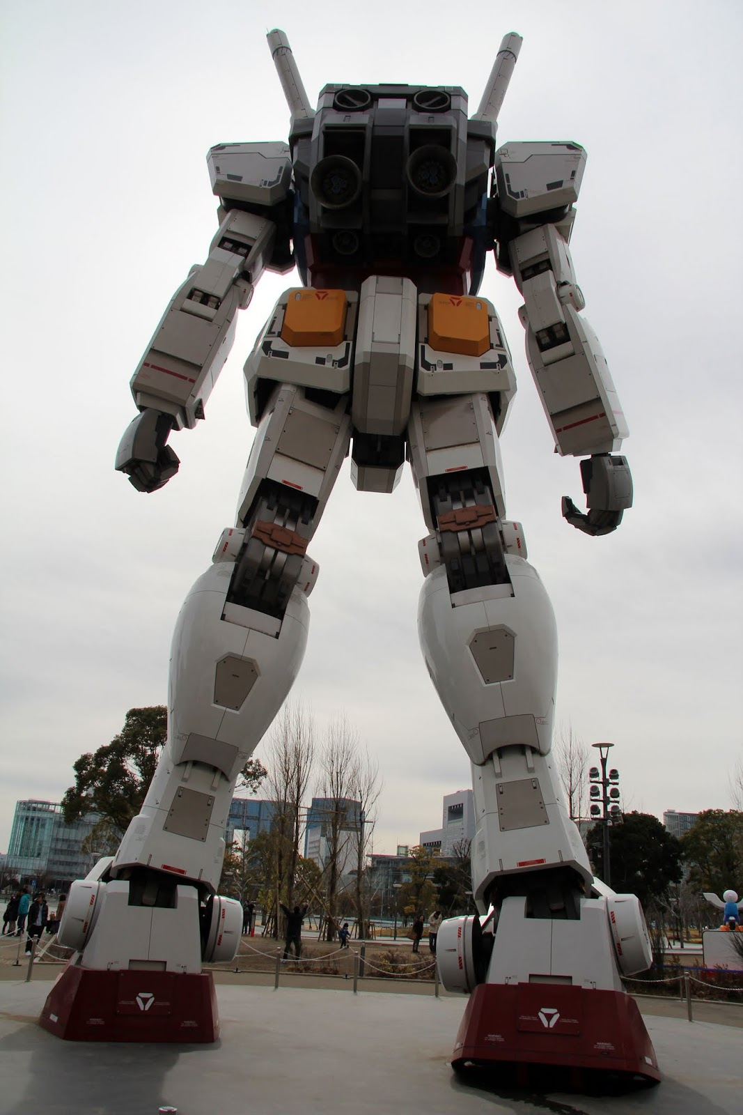 Tokyo Excess: Where To Find Giant Anime Robot Statues in Japan