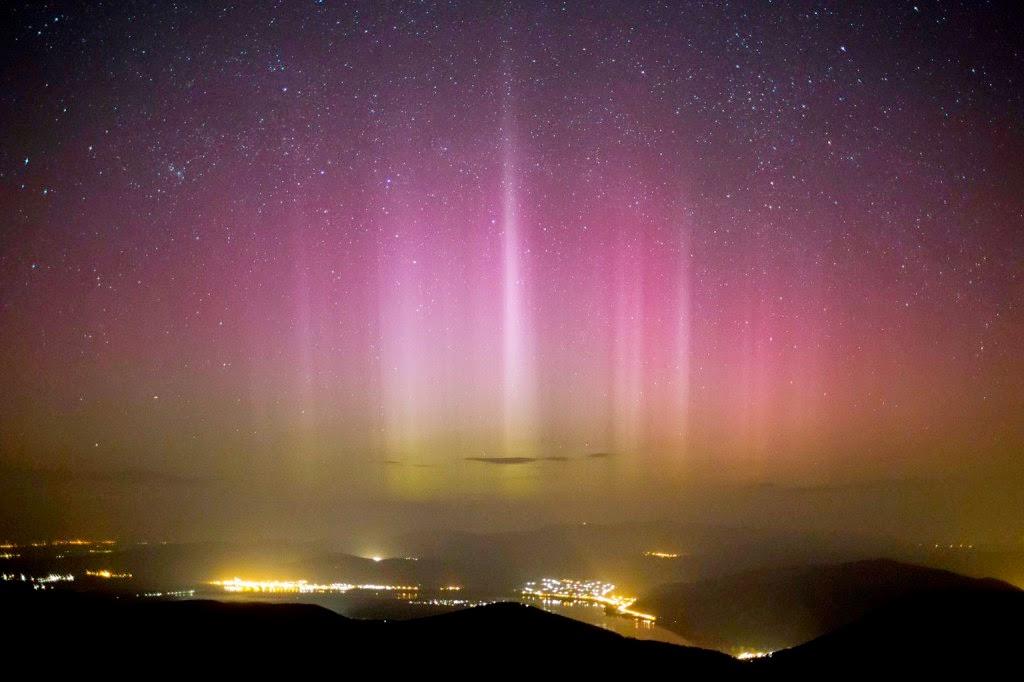 Magyarország, sarki fény, aurora borealis, természeti jelenség,