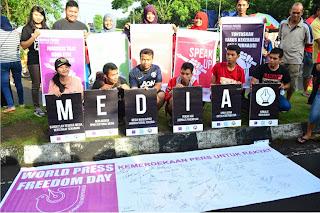 Jurnalis Mataram Rayakan Hari Pers Sedunia