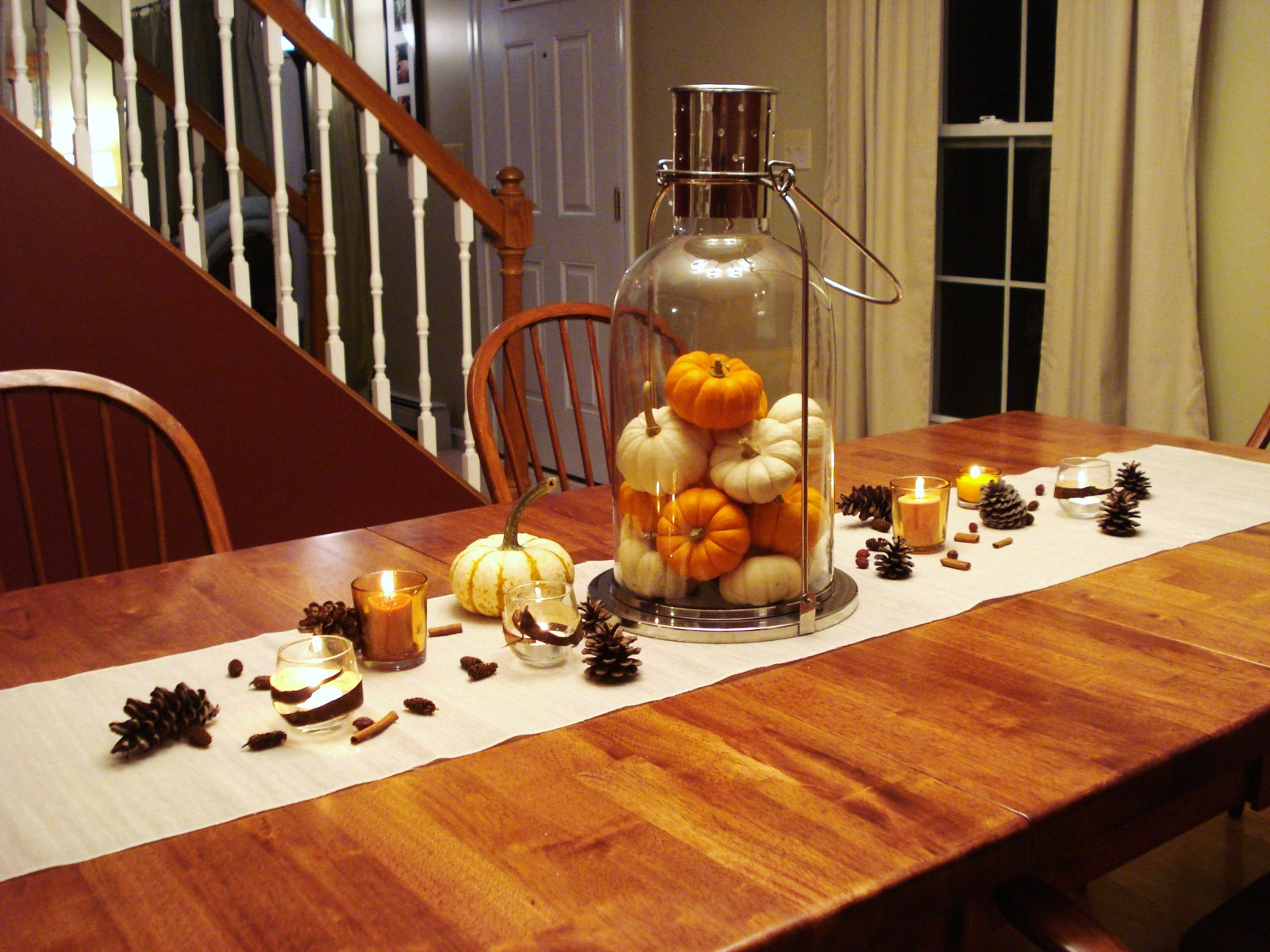 heart maine home a cozy fall centerpiece. Black Bedroom Furniture Sets. Home Design Ideas