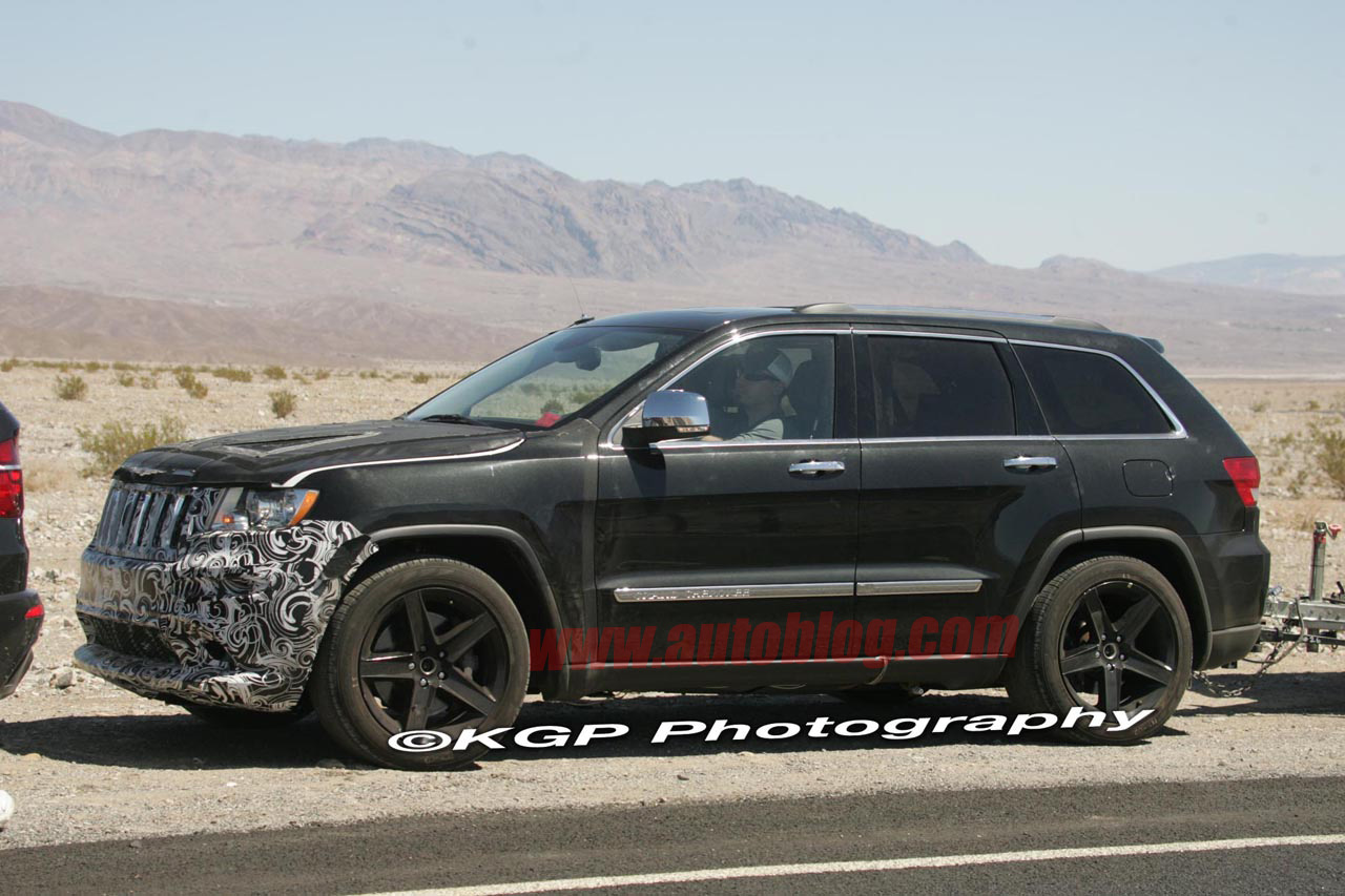 tunning car spy shots 2012 2013 jeep grand cherokee srt8. Cars Review. Best American Auto & Cars Review