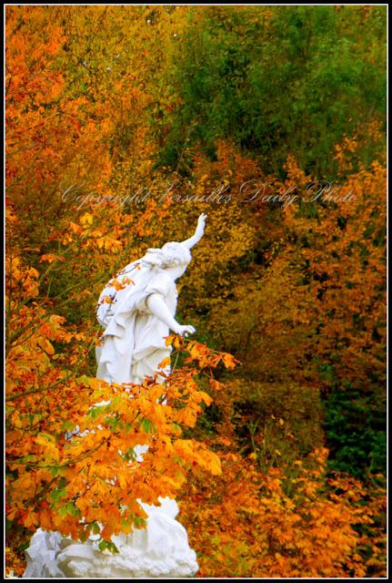 Ino et Mélicerte, Château de Versailles autumn