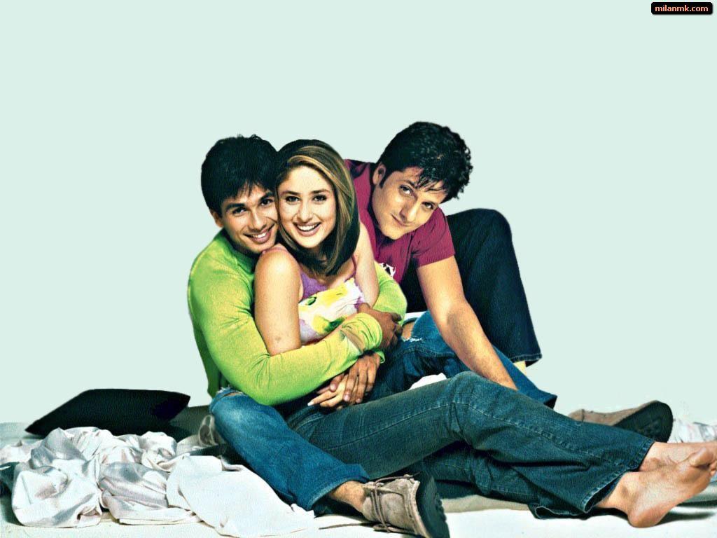 http://4.bp.blogspot.com/-DE4Nrfd2myY/TuRCXFqojaI/AAAAAAAAD_E/_muLiIztSM0/s1600/Kareena+Kapoor+In+Fida+4.jpg