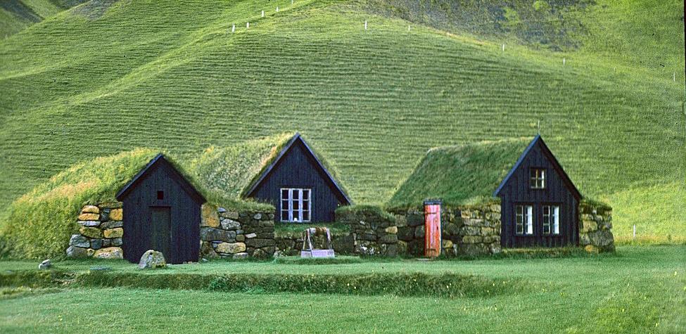 Caja negra arquitectura tradicional islandesa una arquitectura sostenible - Casas en islandia ...