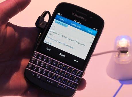 Spesifikasi Handset Blackberry Z10 Dan Q10