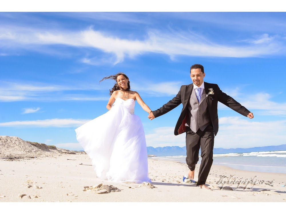 DK Photography BLOGSLIDE1-06 Preview | Rowena & Adrian's Wedding  Cape Town Wedding photographer