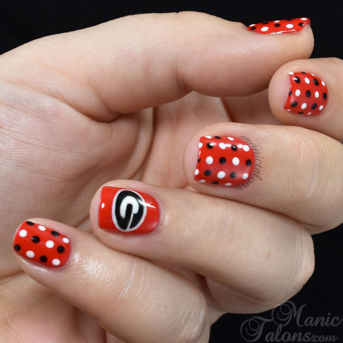 Georgia Bulldogs Nail Art
