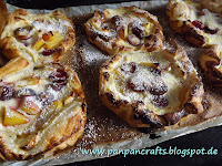 http://panpancrafts.blogspot.de/2013/06/weekend-kitchen-summer-danishes.html#more