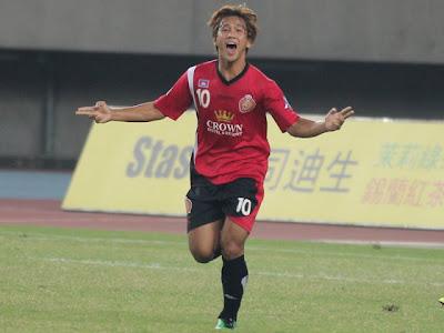 Le topic du football asiatique - Page 2 Phoca_thumb_l_Yadanarbon+0-4+Phnom+Penh+Crown+-+03