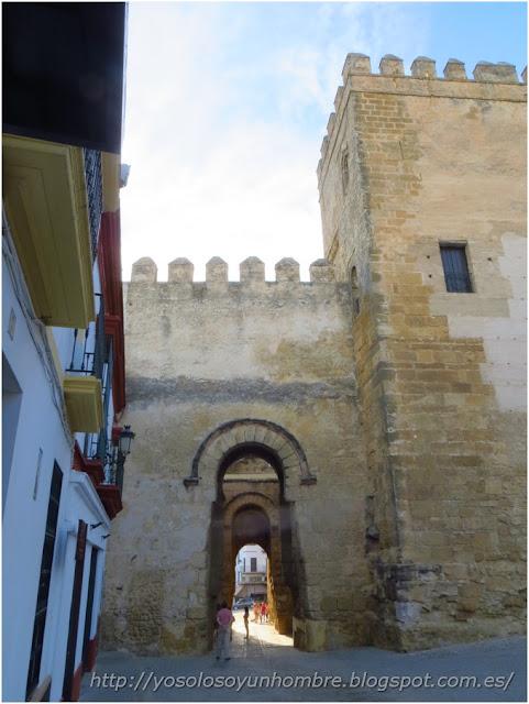Puerta de Sevilla intramuros