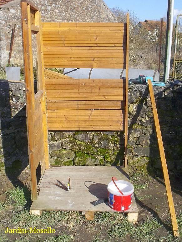 Mon jardin en moselle la petite cabane outils - Cabane a outil ...