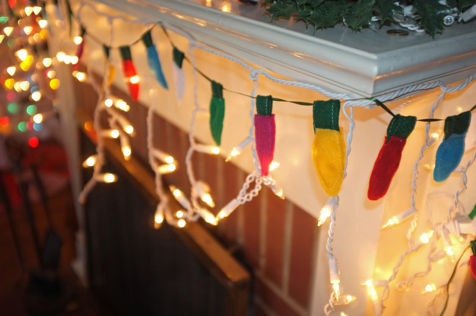 Boom goes Val : DIY Felt Christmas Light Garland