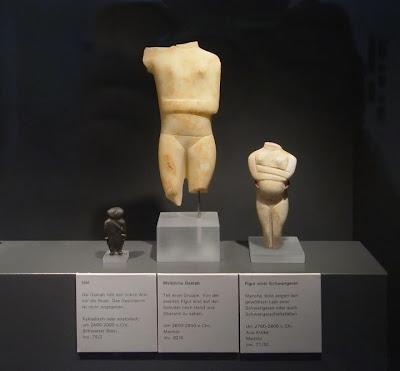 http://4.bp.blogspot.com/-DFK4bMW1ZQY/Tpg5eXmqAFI/AAAAAAAAPwQ/vFRzhl48FkE/s400/Greece-demands-artefacts-from-germany.jpg