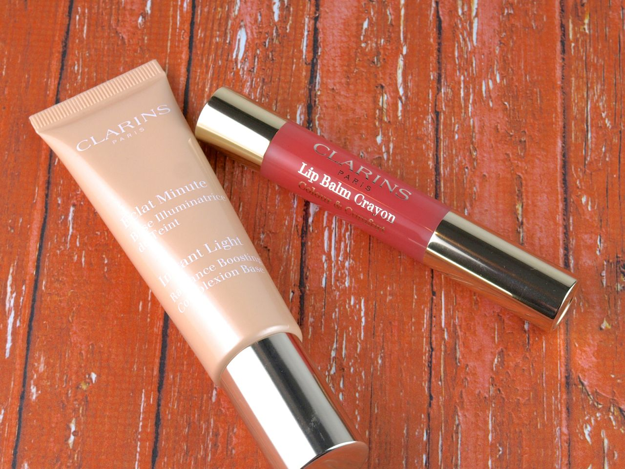"Clarins Instant Light Radiance Boosting Complexion Base in ""Champagne"" & Lip Balm Crayon in ""Creamy Pink"": Review and Swatches"
