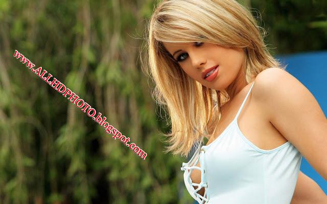 Facebook Hot Girls Wallpapers,Facebook Hot Girls Photos