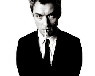 jude law smoking