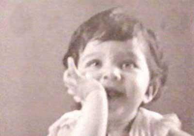 aishwarya rai childhood photos sucking thumb