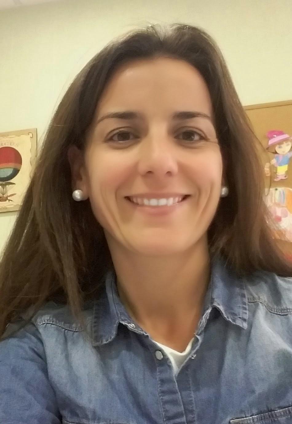 PAMELA BUENO
