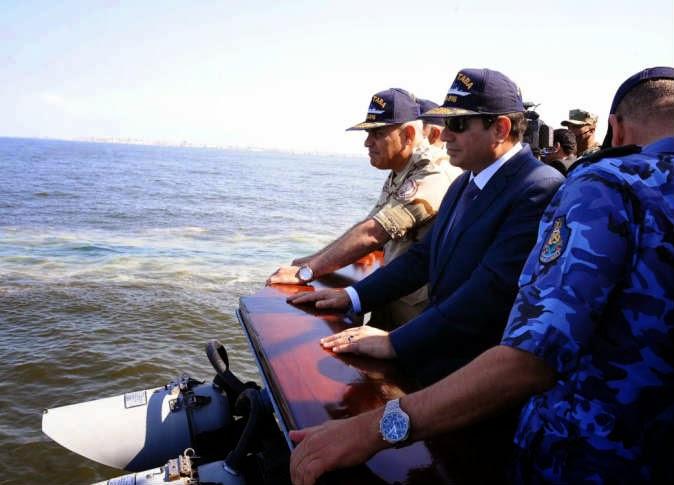 مصر: السيسي في واحدة من أكبر المناورات العسكرية في تاريخ البلاد