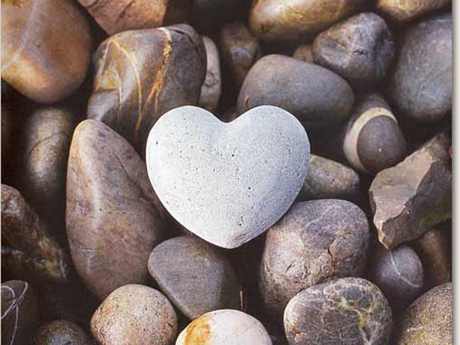 Beautiful Nature Heart HD Wallpaper