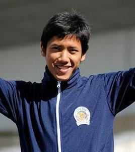 Ahmad Bustomi 19
