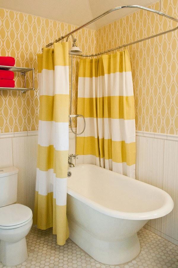 Μην πετάξετε την παλιά κουρτίνα του μπάνιου σας, αξιοποιήστε τη!