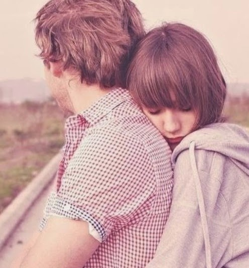 boy girl hugging hug day sms wallpapers photos.jpg