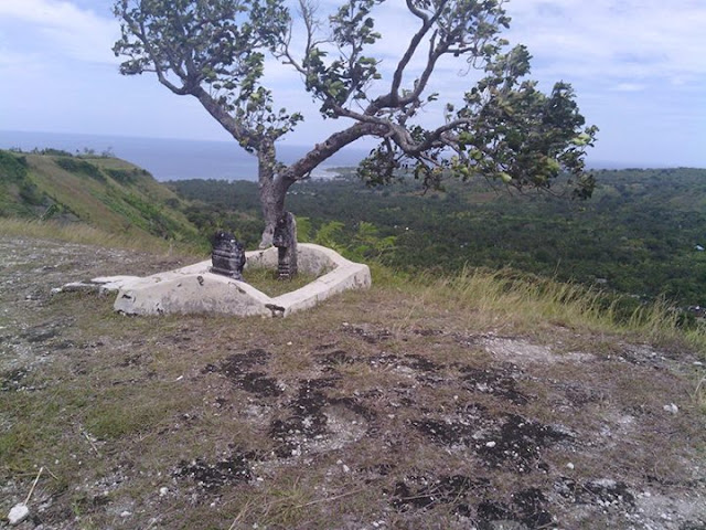 Makam Tosalamaq 2 Desa Pamboqborang