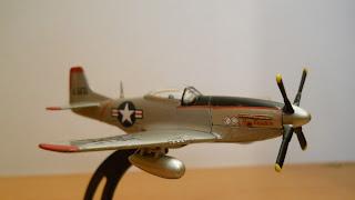 avión en miniatura Italeri 1:100 North American P-51 Mustang