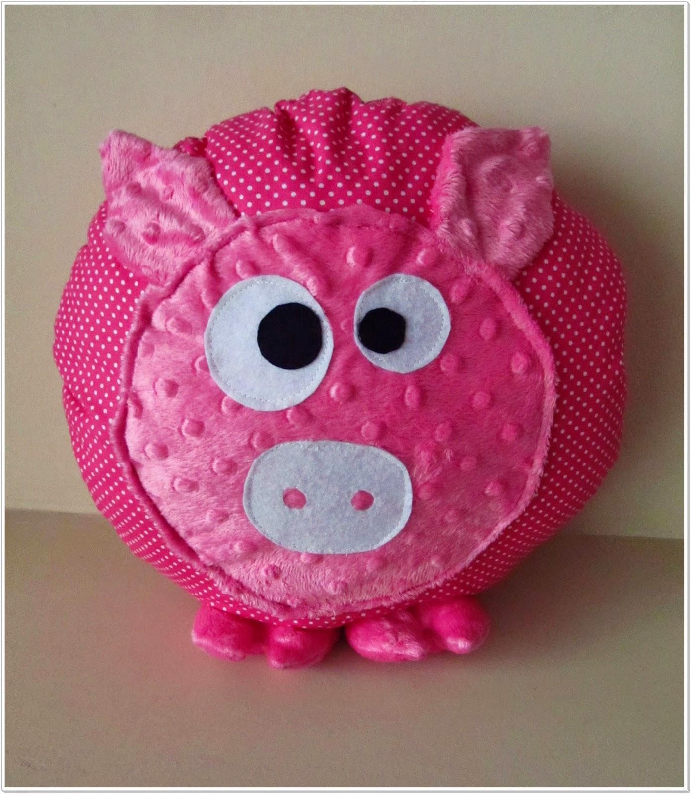 Poduszka świnka – różowy szał