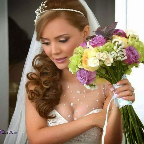 Como Elegir El Peinado De Novia - ¿Qué peinado de novia elegir según el escote del vestido? Nosotras