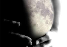 embarazo-parto-luna-llena