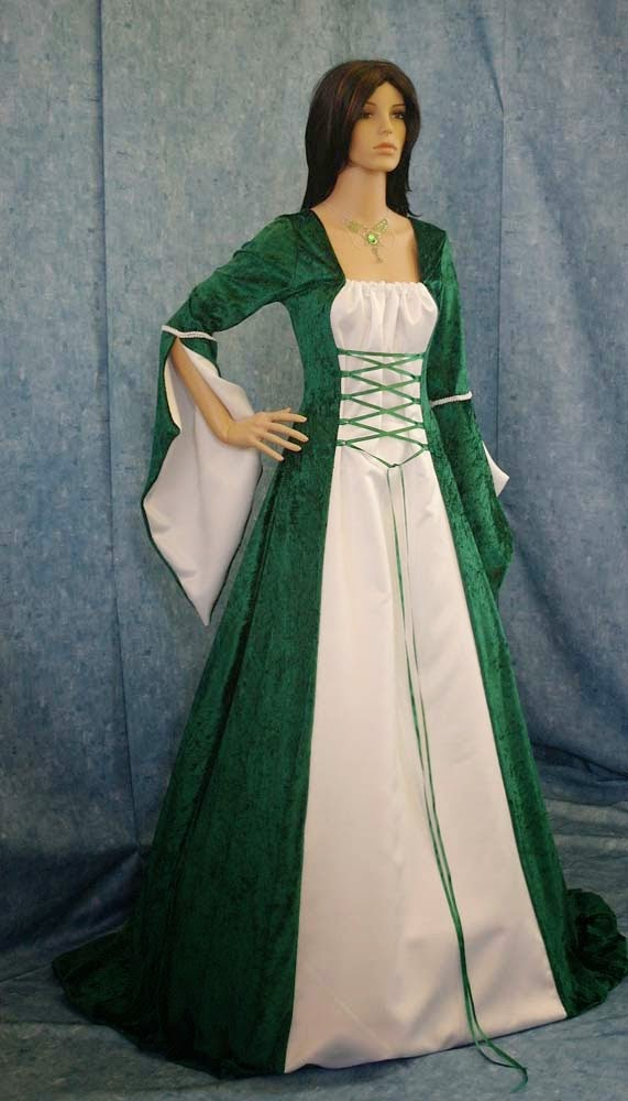 Green & White Celtic Wedding Dresses Long Sleeves Design