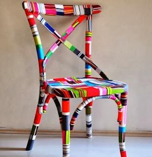 http://todiyornottodiy.blogspot.pt/2013/11/cadeira-forrada-com-tecido.html