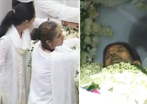 Bollywood mourns Rajesh Khanna's death | People News