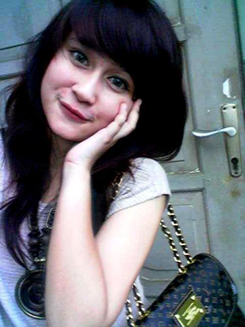 Galeri Foto Gadis Cantik Indonesia