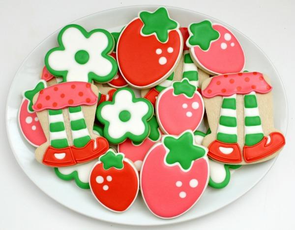 http://www.sweetsugarbelle.com/2010/10/sweet-strawberry-shortcake/