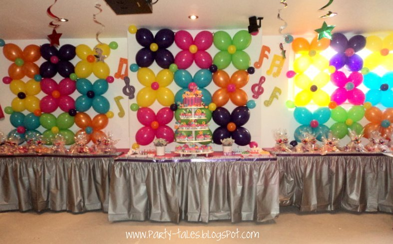 Party tales birthday party 70 39 s disco fun the for 70s decoration