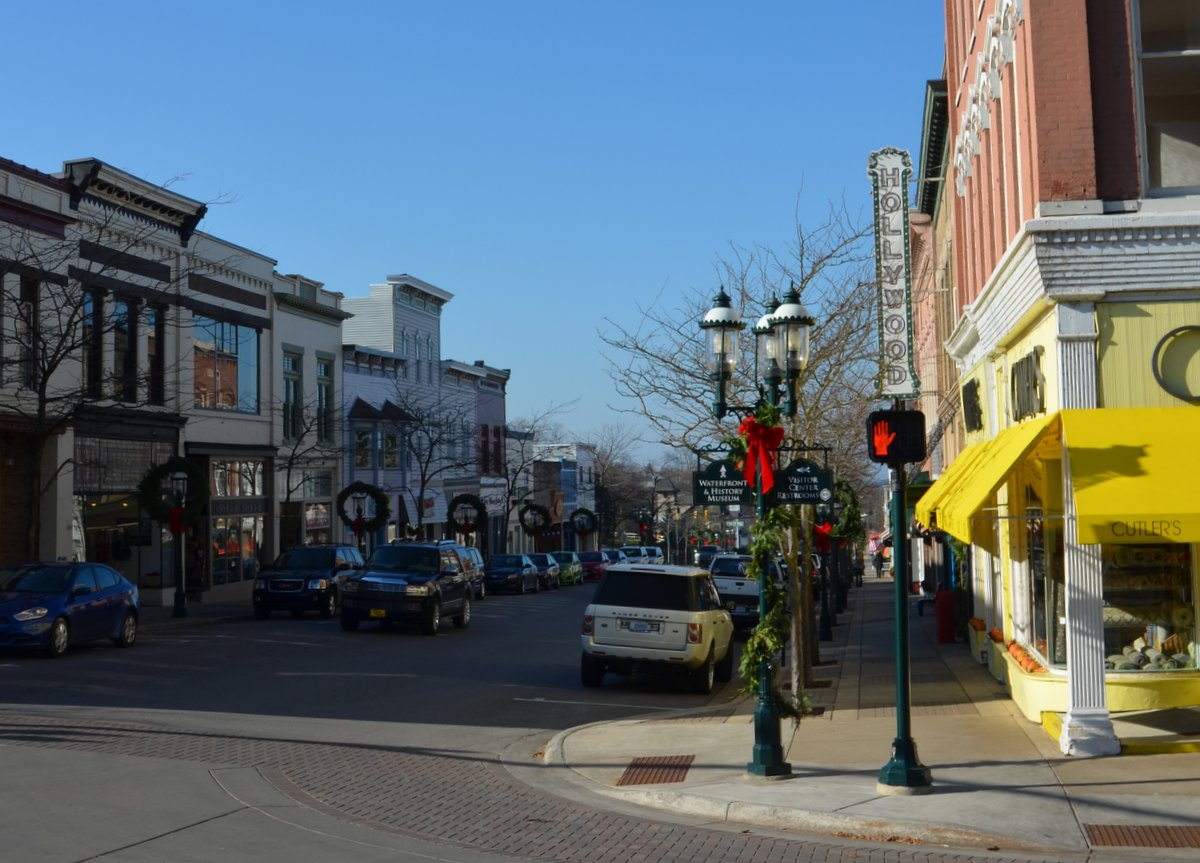 A Small Town Visit and Holiday Traditions - Ramblings from a ...