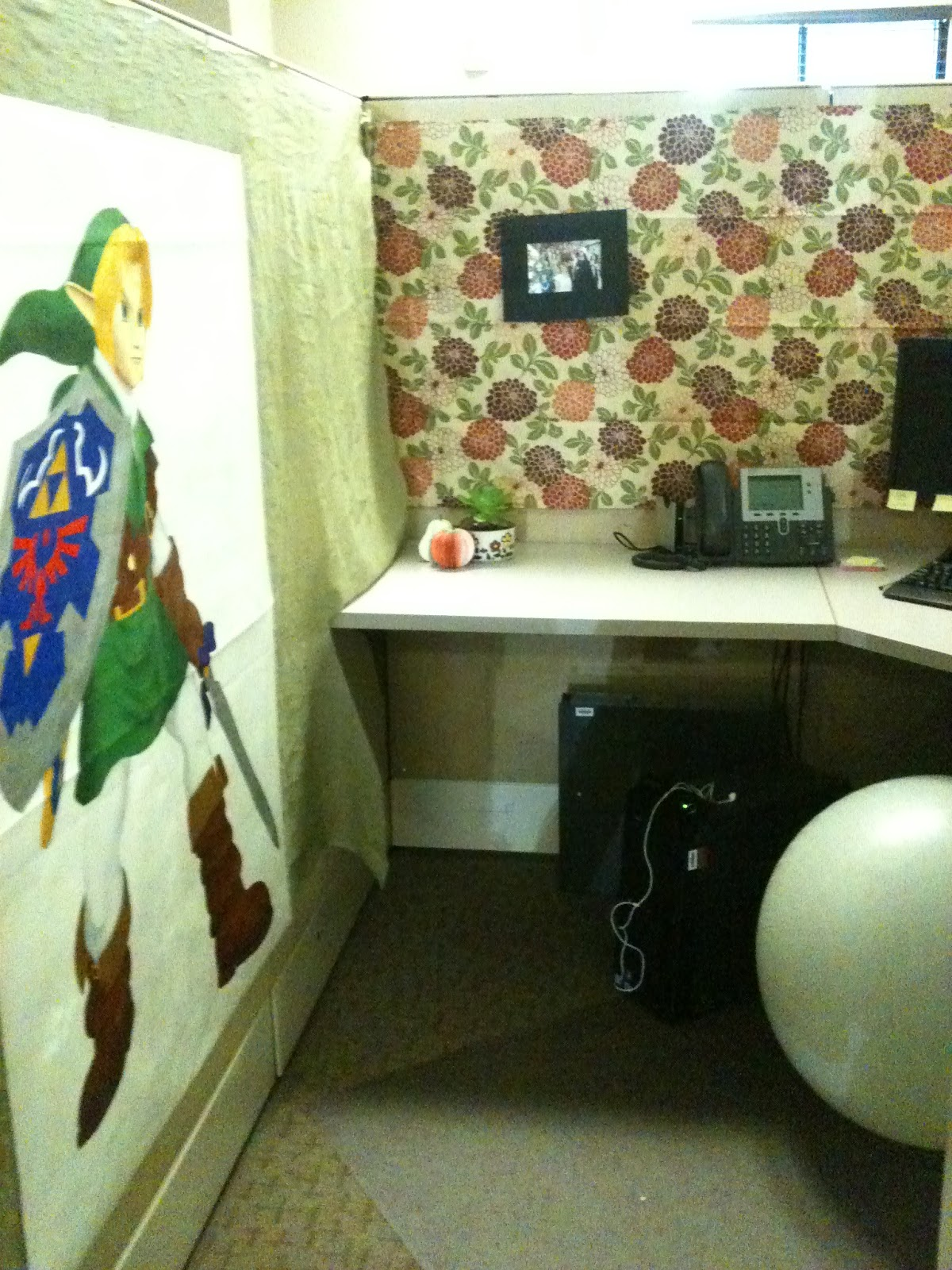 Perfectly pipkin my cubicle zen - Zen office decorating ideas ...