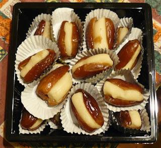 dattes fourrées à la pâte d'amandes friandises à offrir